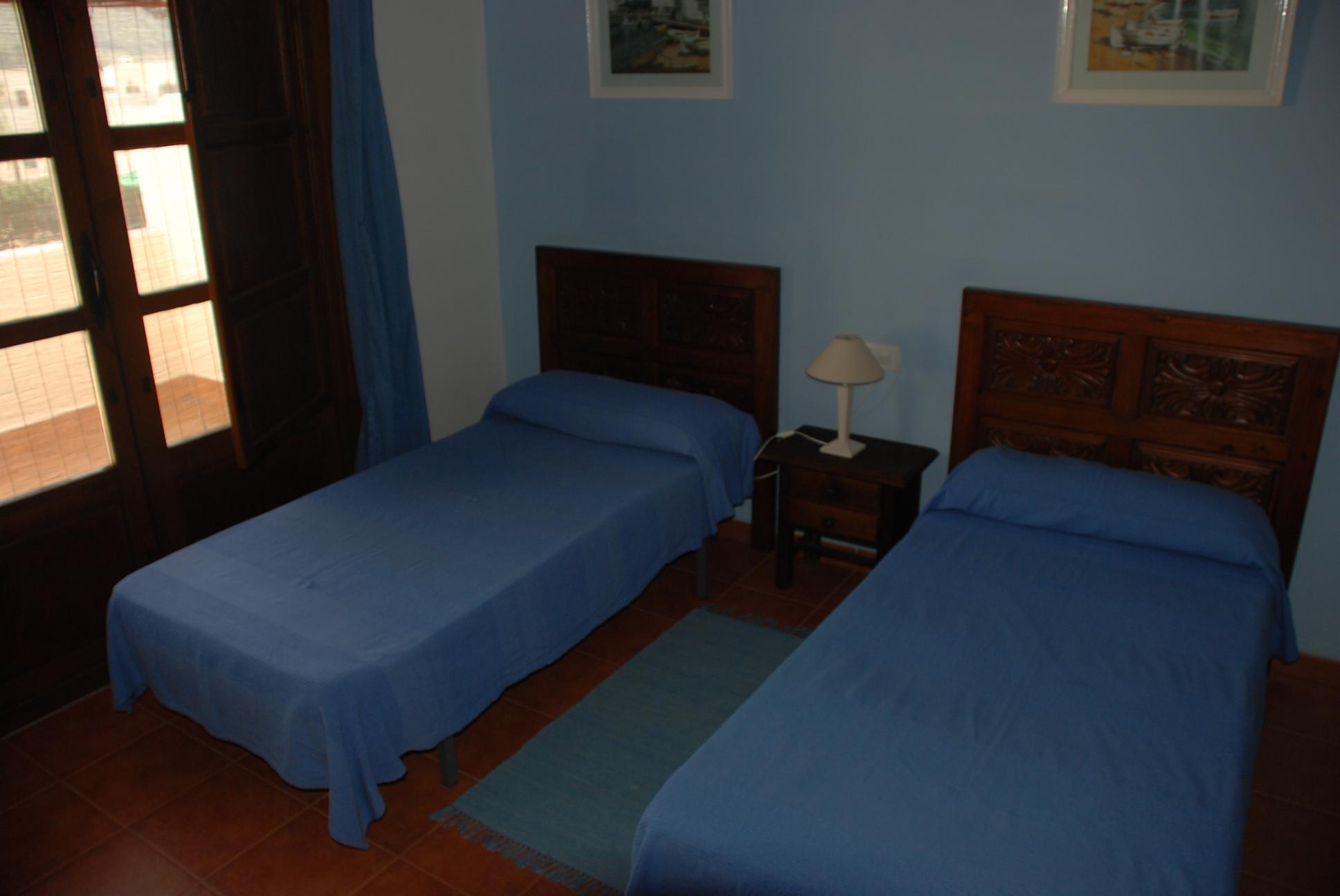 Casa jazmin - Dormitorios juveniles de dos camas separadas ...